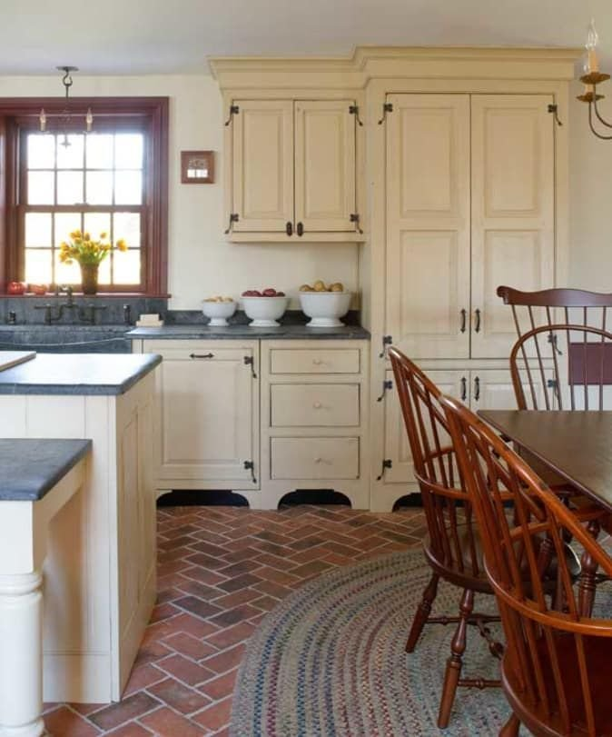 Nice Colonial Kitchen Decoration Ideas 12