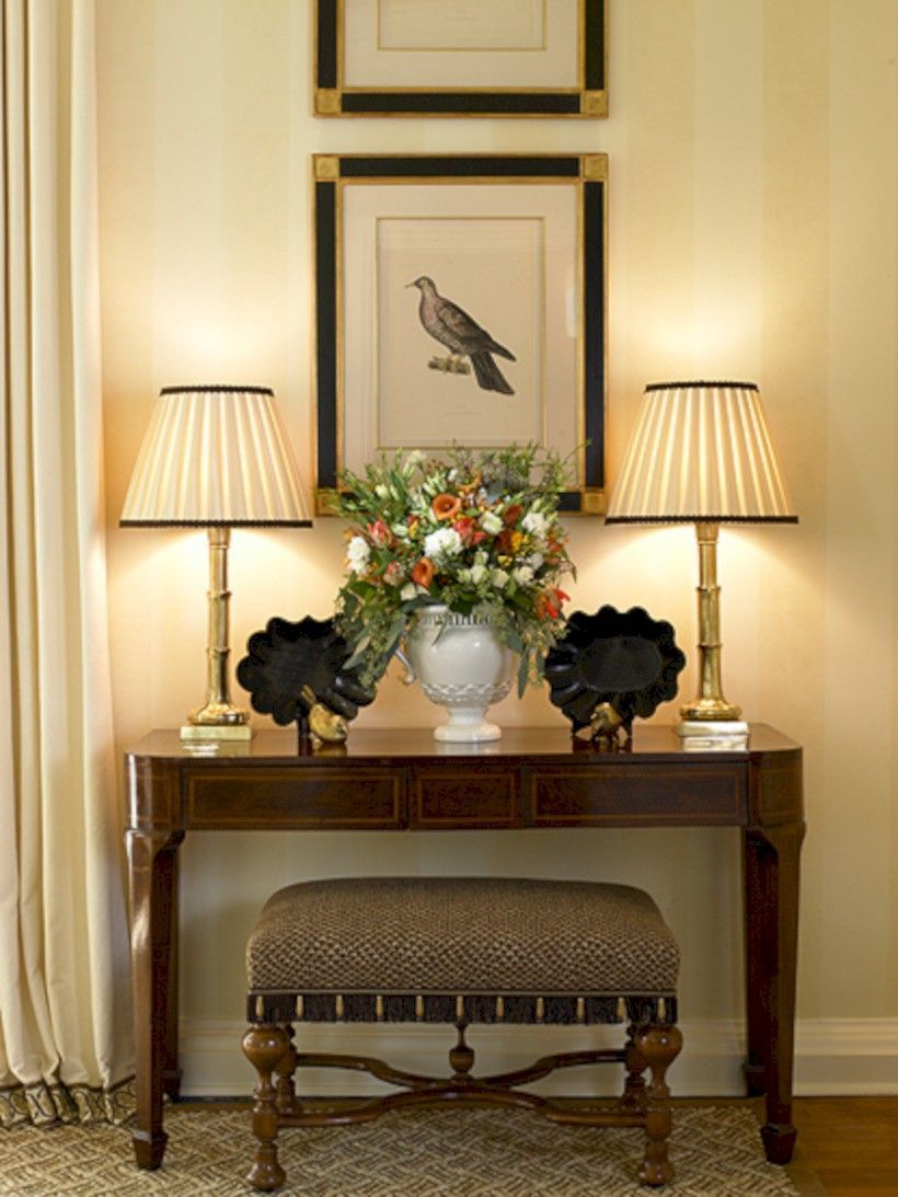 Stunning Foyer Decorating Ideas 14