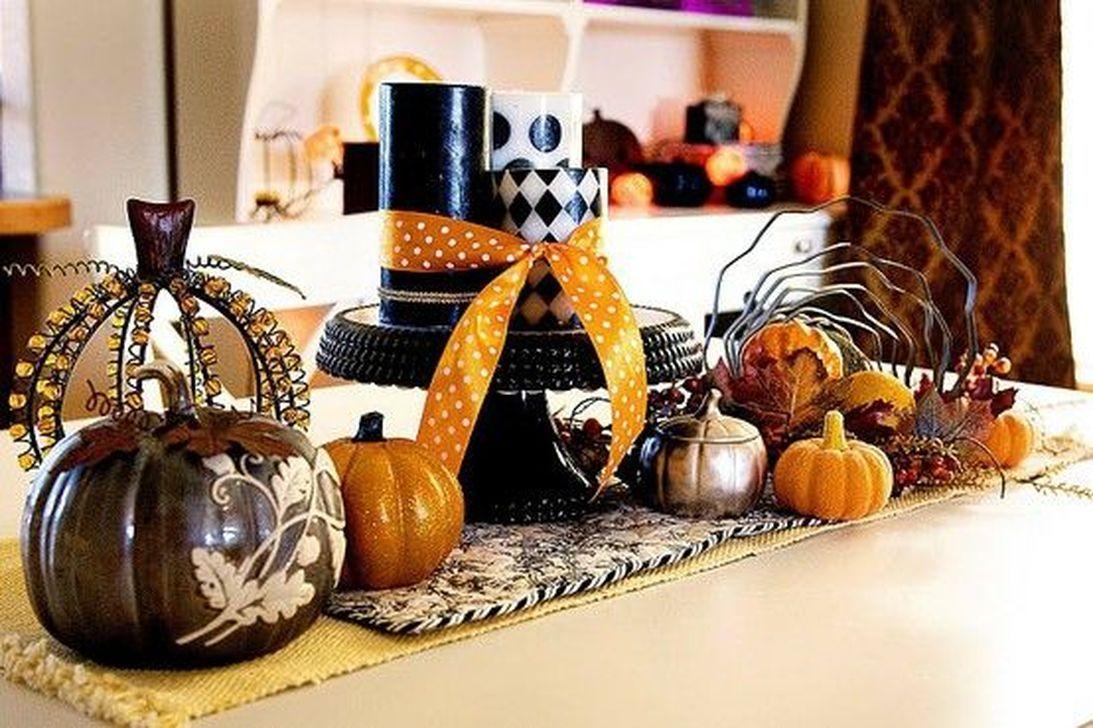 Stunning Halloween Kitchen Decor Ideas 15