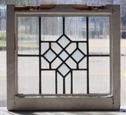 Stunning Leaded Glass Windows Design Ideas 36