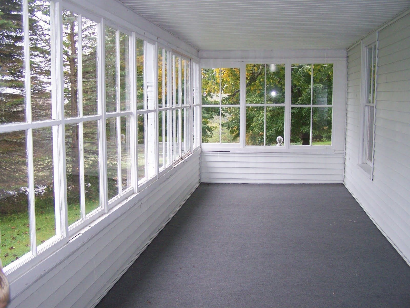 The Best Enclosed Porch Design And Decor Ideas 14