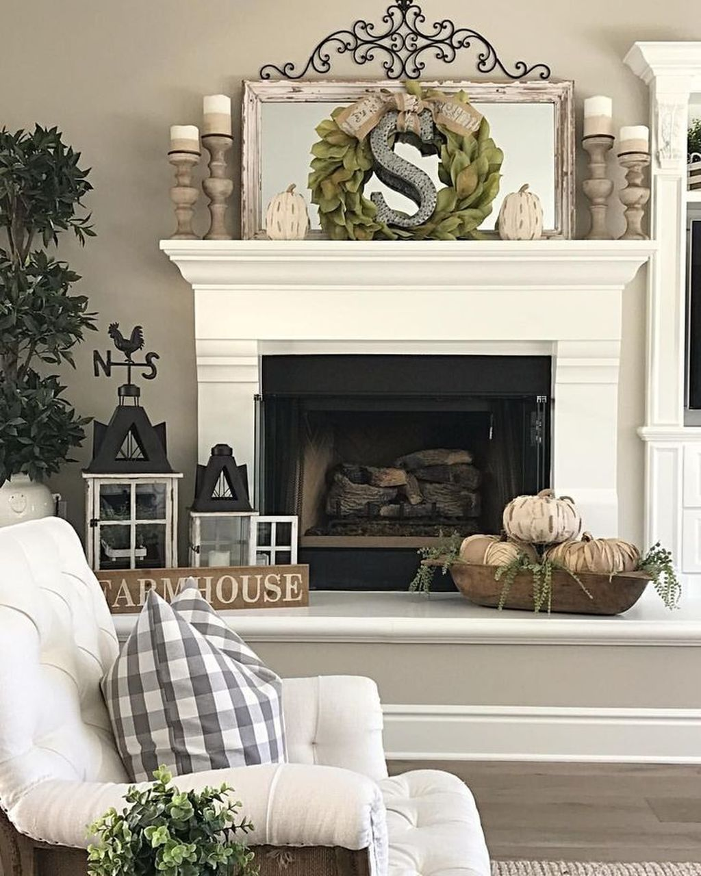 The Best Fall Living Room Decor Ideas Because Autumn Is Coming 13