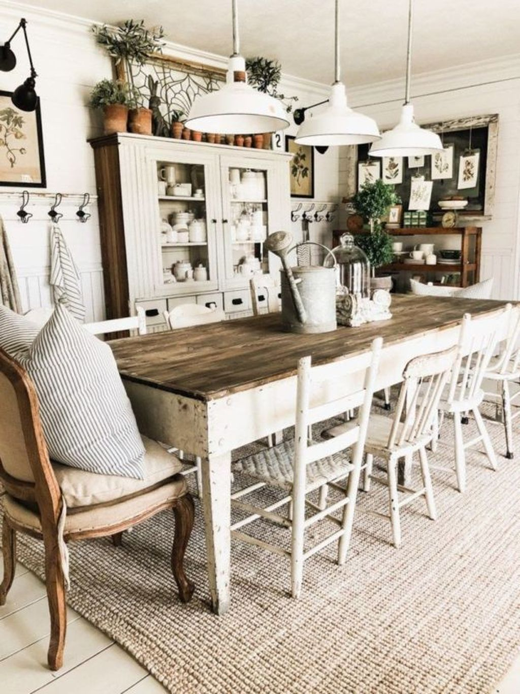 The Best Rustic Dining Room Decoration Ideas 08