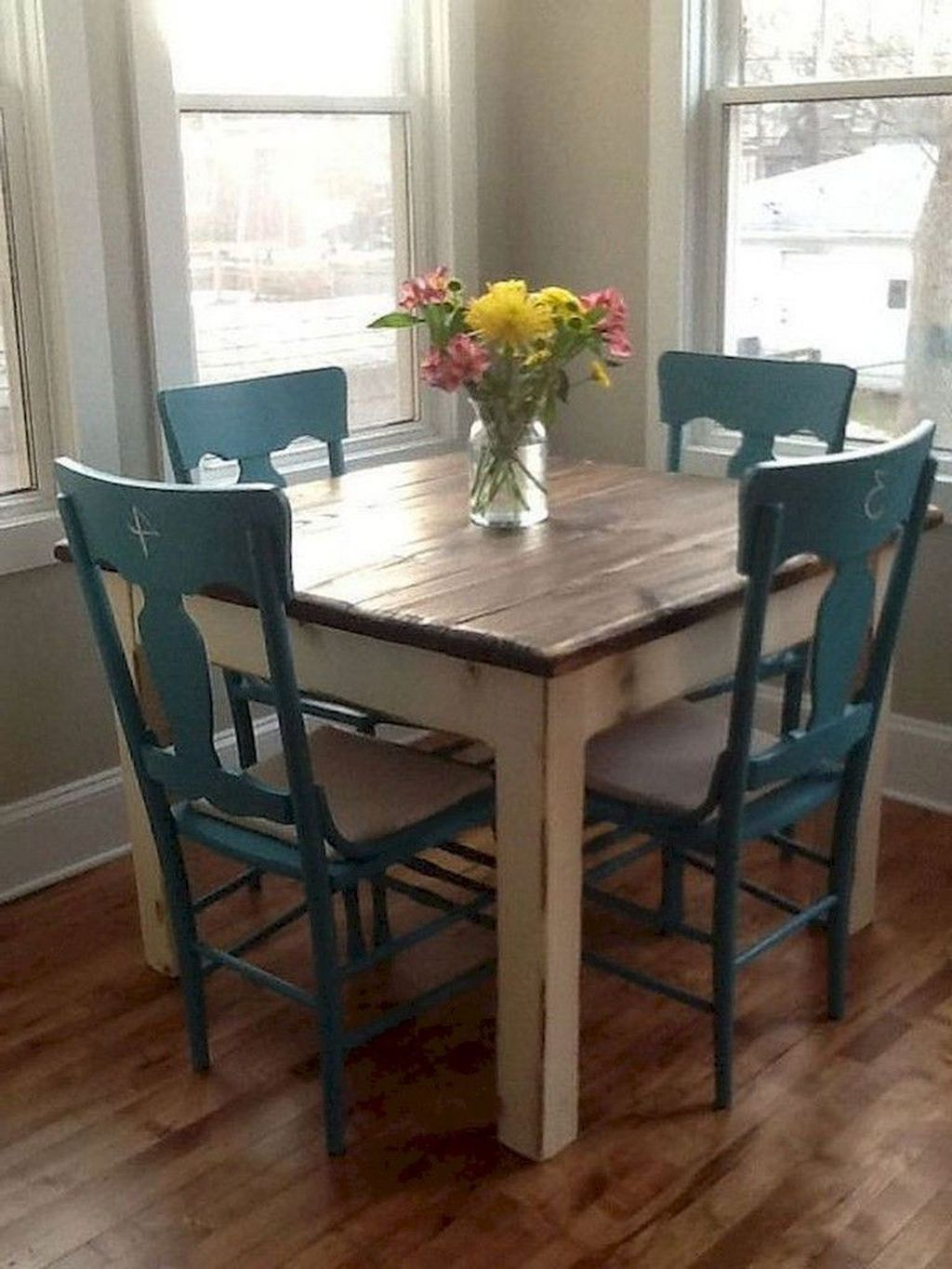 The Best Rustic Dining Room Decoration Ideas 33