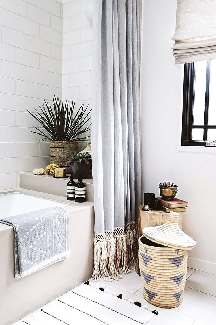 Amazing Bohemian Style Bathroom Decor Ideas 38