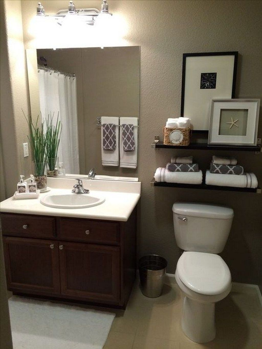 Awesome Small Bathroom Remodel Ideas On A Budget 38
