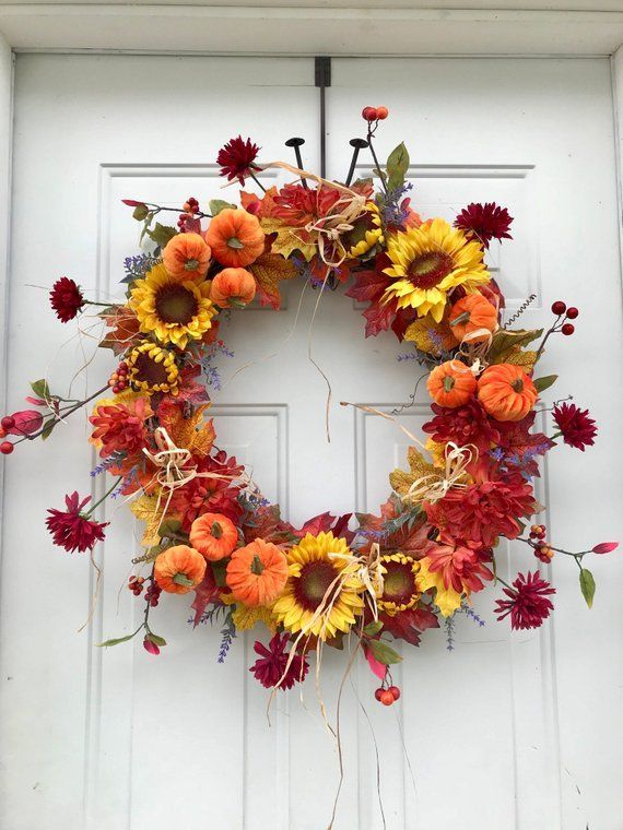 Awesome Thanksgiving Front Door Decor Ideas 30