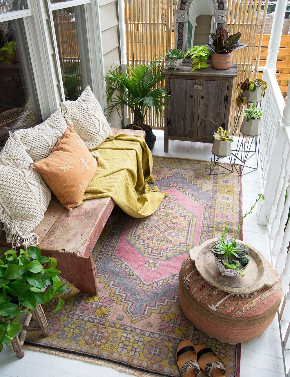 Lovely Bohemian Style Ideas For Your Outdoor Design 06
