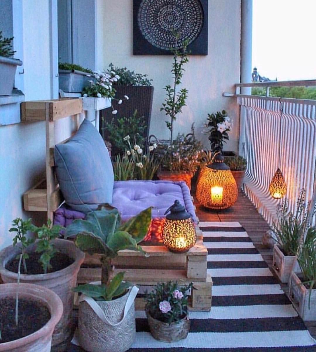 Lovely Bohemian Style Ideas For Your Outdoor Design 19