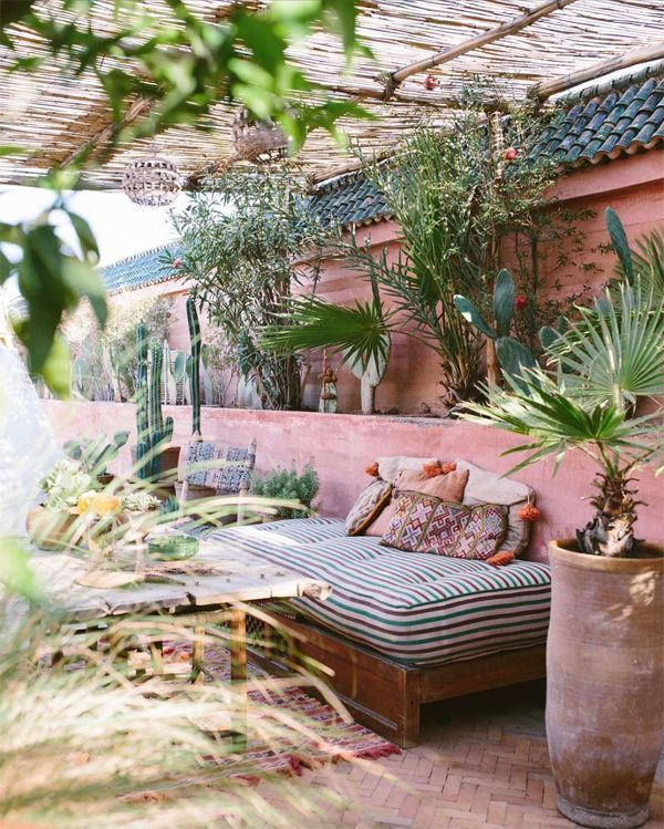 Lovely Bohemian Style Ideas For Your Outdoor Design 20