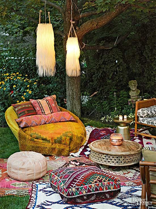 Lovely Bohemian Style Ideas For Your Outdoor Design 31