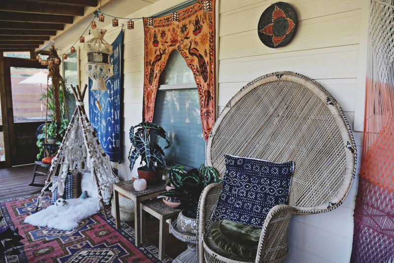 Lovely Bohemian Style Ideas For Your Outdoor Design 32