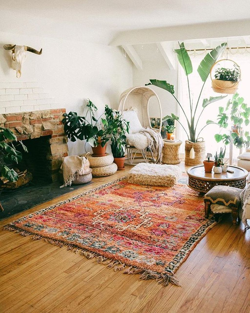Lovely Living Room Decoration Ideas With Bohemian Style 09