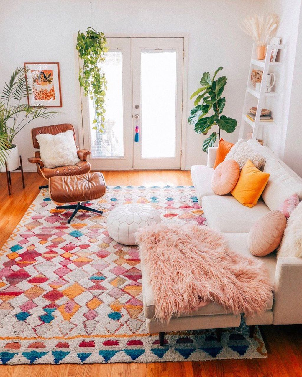 Lovely Living Room Decoration Ideas With Bohemian Style 13
