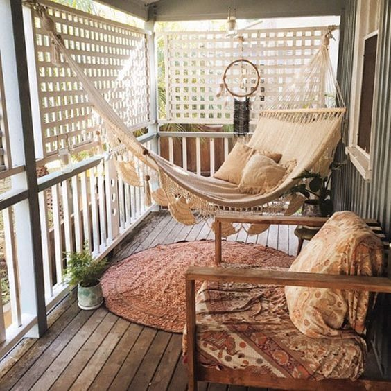 Lovely Small Porch Apartment Balconies Ideas 16