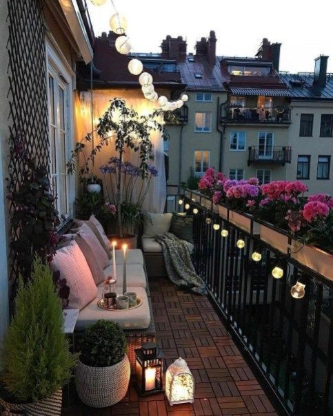 Lovely Small Porch Apartment Balconies Ideas 21
