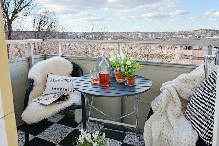 Lovely Small Porch Apartment Balconies Ideas 25