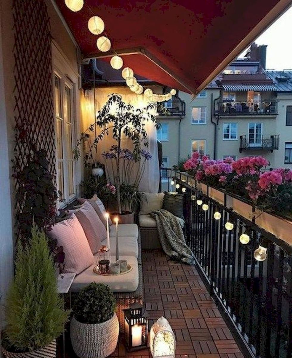 Lovely Small Porch Apartment Balconies Ideas 37