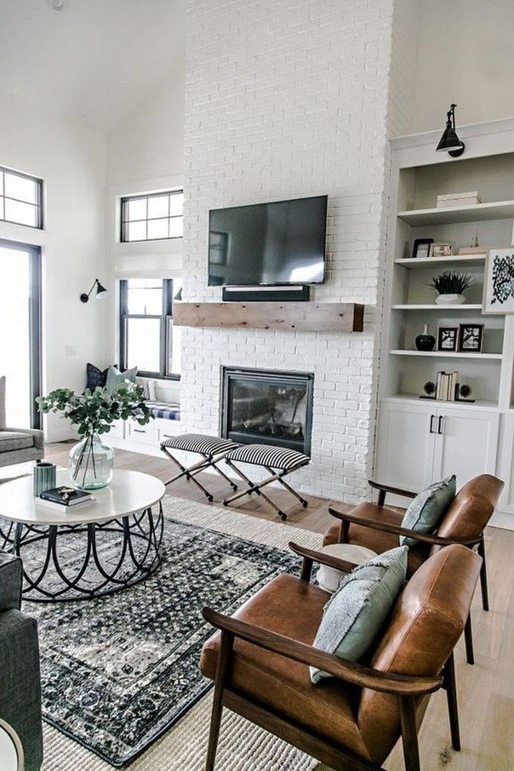 Popular Modern Farmhouse Living Room Decor Ideas 32