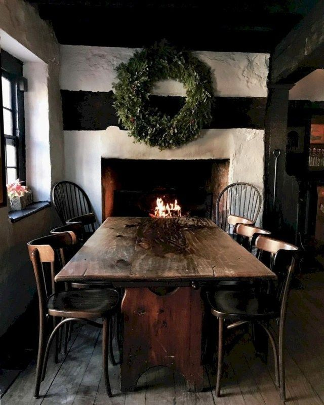 Popular Rustic Farmhouse Style Ideas For Dining Room Decor 27