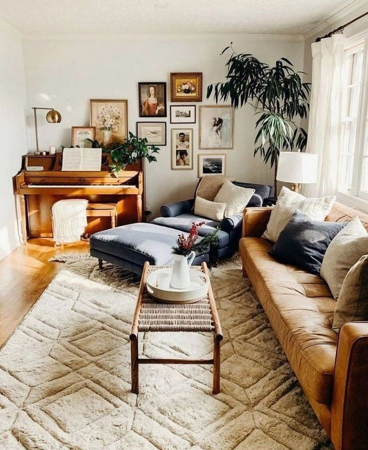 Stunning Living Room Wall Decoration Ideas 10