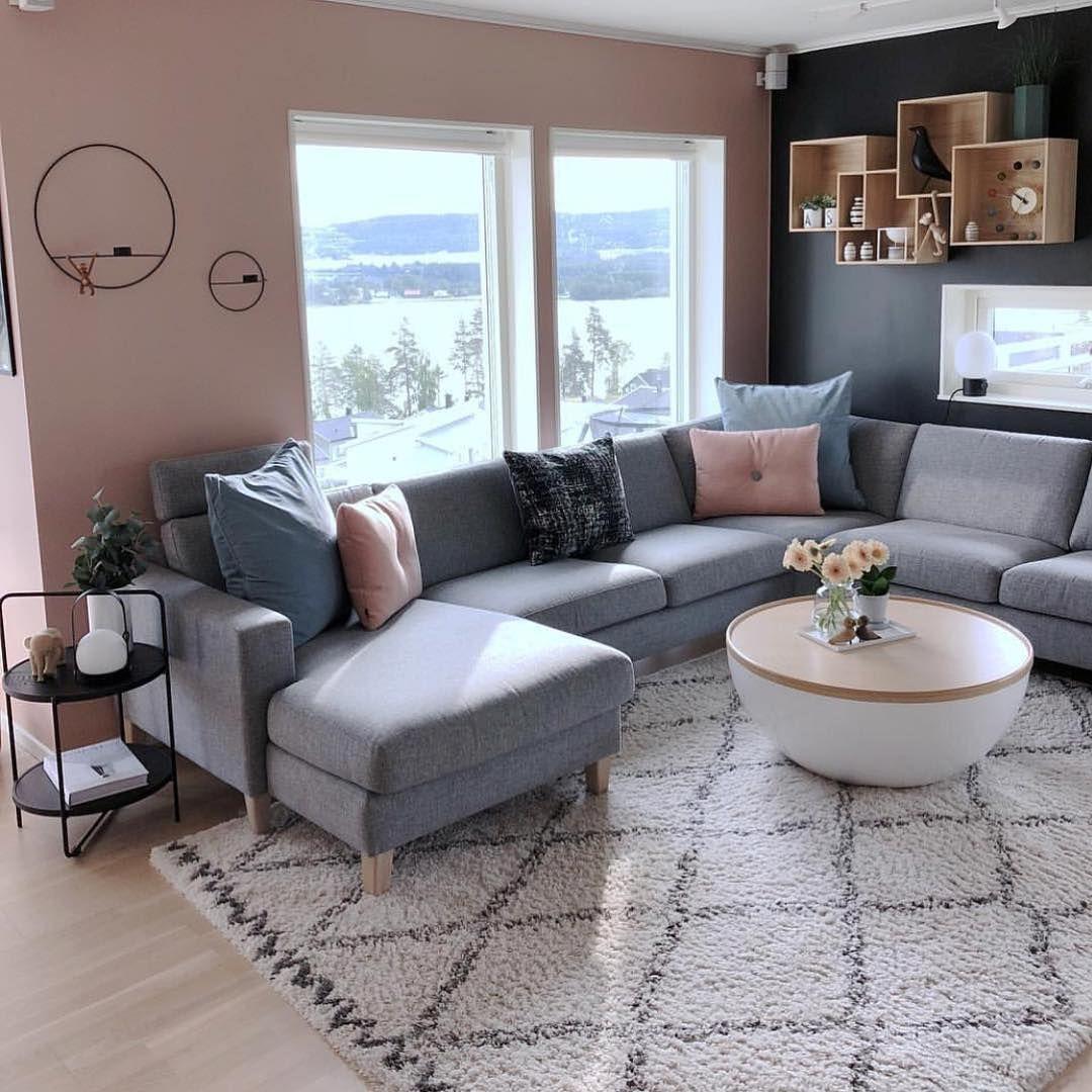 Stunning Living Room Wall Decoration Ideas 30