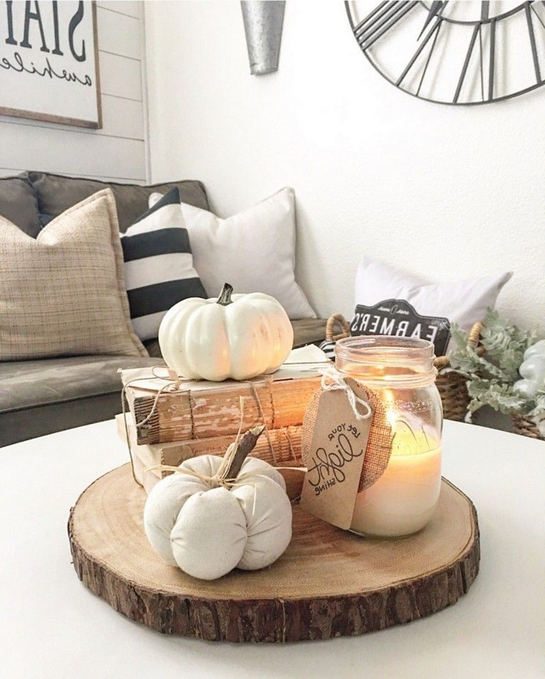 The Best Thanksgiving Living Room Decor Ideas 05