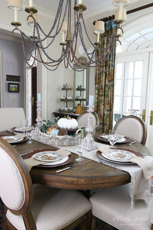 The Best Thanksgiving Living Room Decor Ideas 09