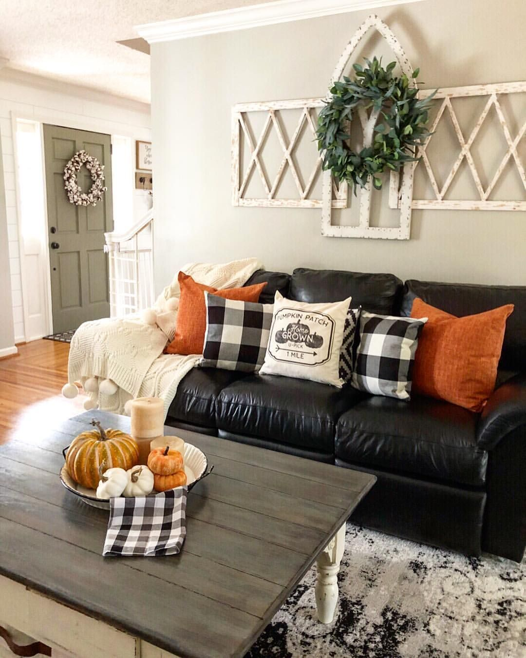 The Best Thanksgiving Living Room Decor Ideas 14