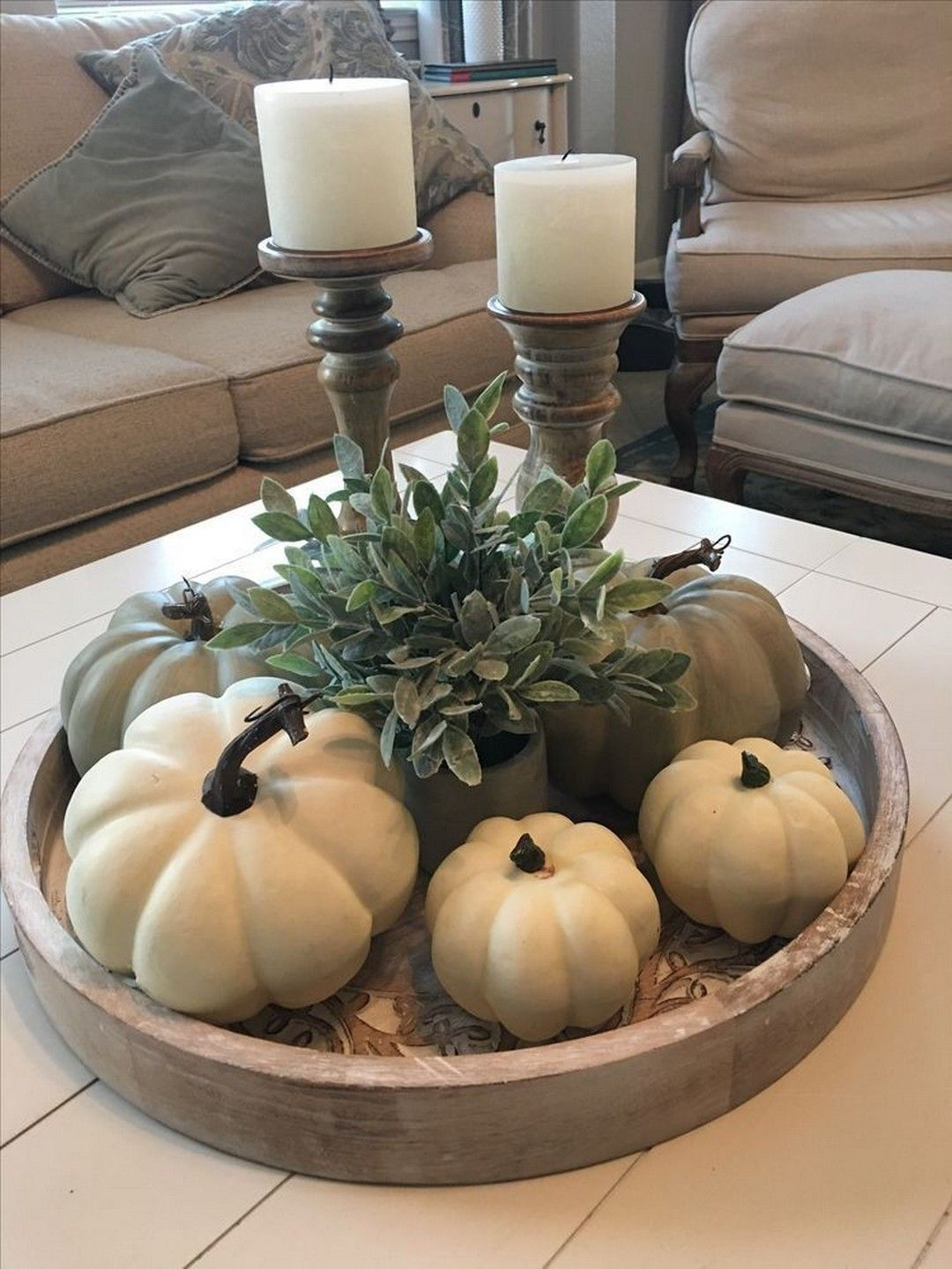 The Best Thanksgiving Living Room Decor Ideas 16