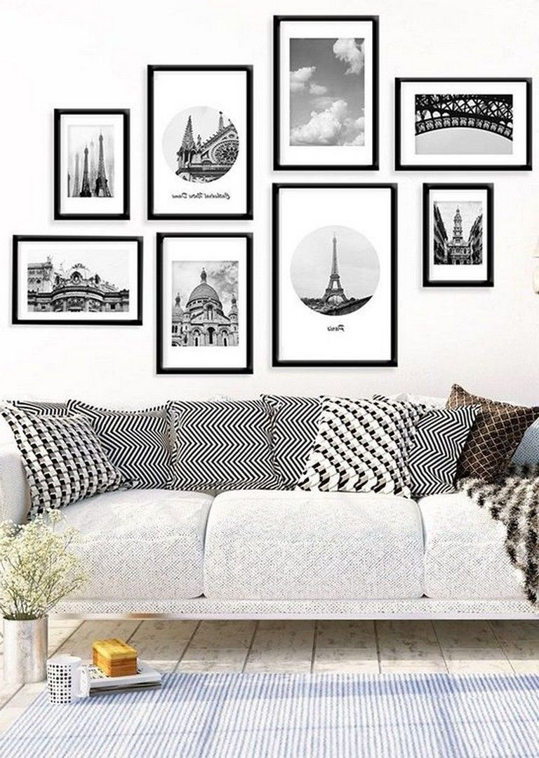 Beautiful Living Room Wall Gallery Decorating Ideas 28