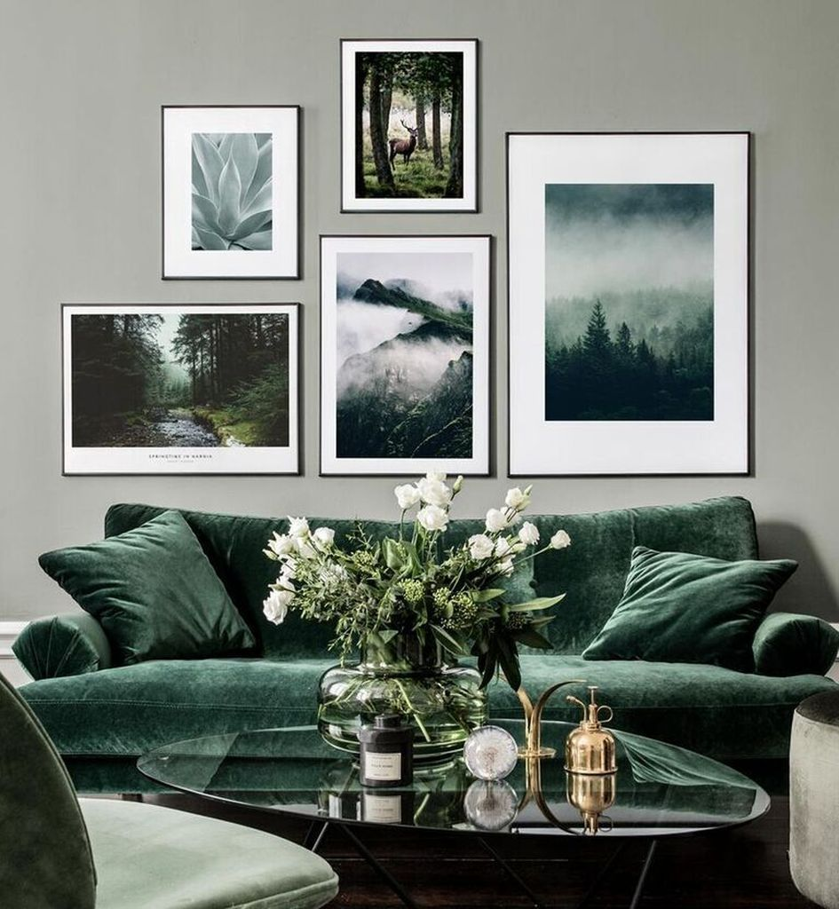 Beautiful Living Room Wall Gallery Decorating Ideas 34