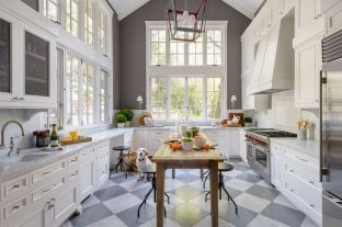 Fabulous French Country Kitchens Design Ideas 06