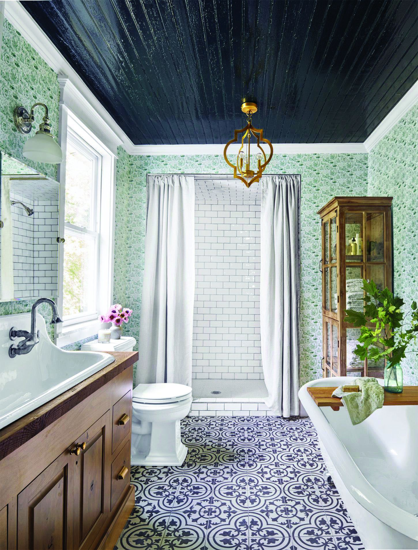 Gorgeous Outstanding Bathrooms Design Ideas 05