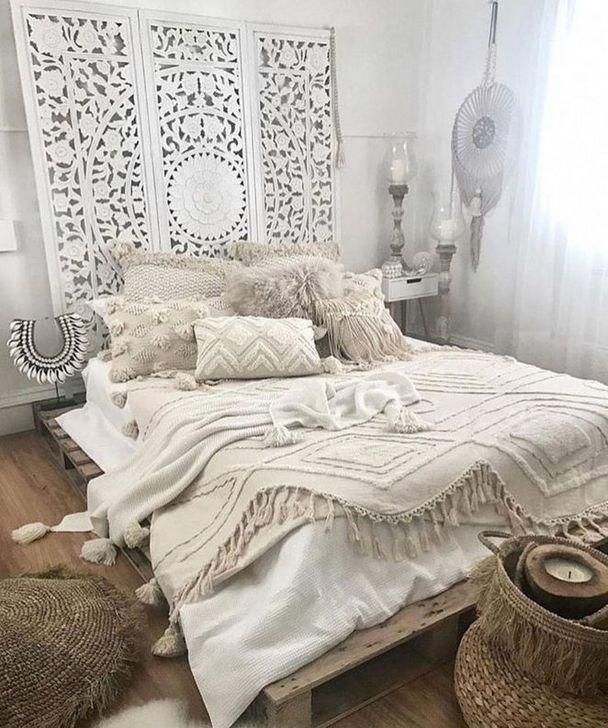 Beautiful Moroccan Bedroom Decor Ideas 23