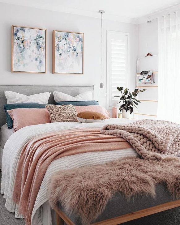 Beautiful Pink Bedroom Decor Ideas Looks Romantic 31