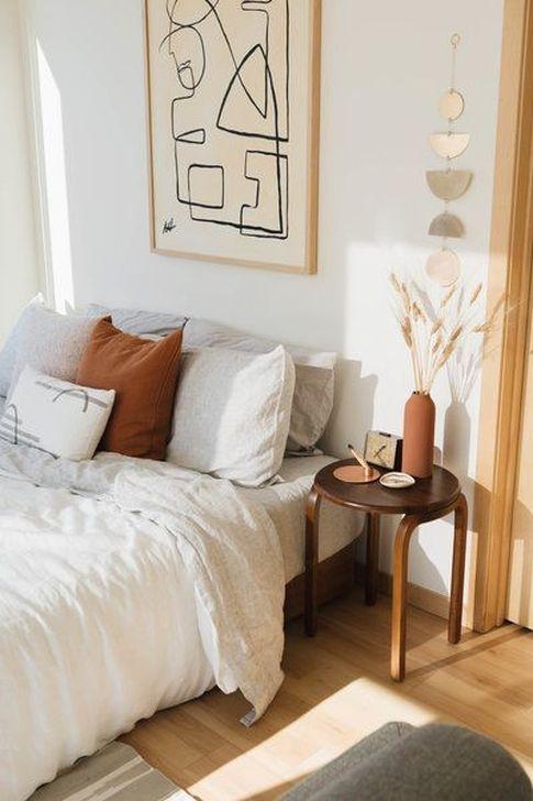 Beautiful White Bedroom Design And Decor Ideas 18