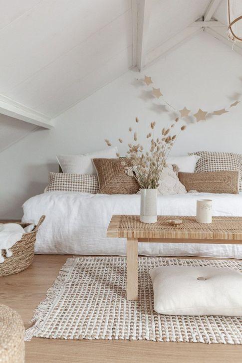 Beautiful White Bedroom Design And Decor Ideas 28