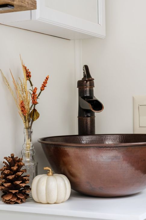 Gorgeous Fall Bathroom Decorating Ideas 12