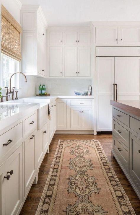 Inspiring Neutral Kitchen Design Ideas 07
