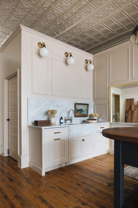 Inspiring Neutral Kitchen Design Ideas 13