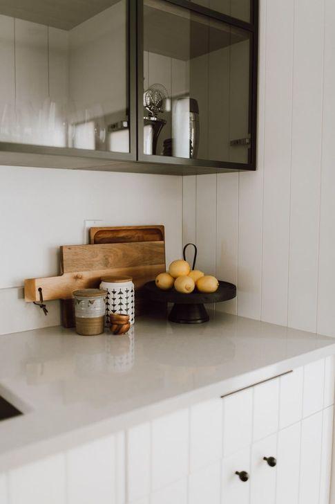 Inspiring Neutral Kitchen Design Ideas 17