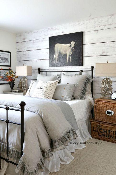 Lovely Fall Bedroom Decor Ideas 11