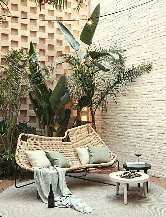Stunning Outdoor Furniture Ideas Best For Your Backyard 01