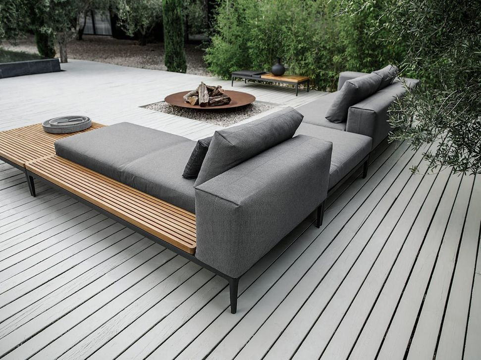 Stunning Outdoor Furniture Ideas Best For Your Backyard 03