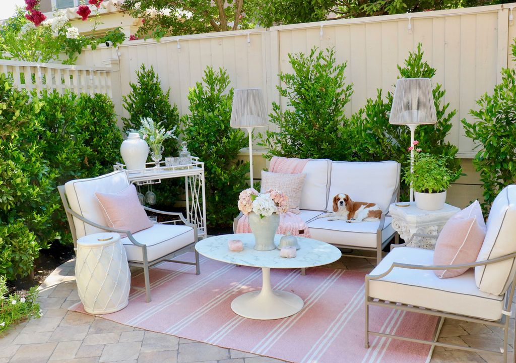 Stunning Outdoor Furniture Ideas Best For Your Backyard 15