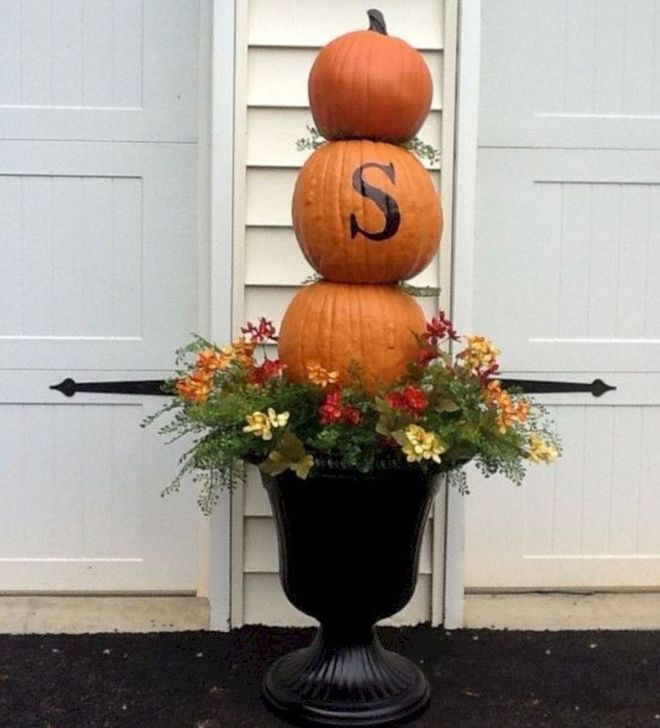 The Best Fall Outdoor Decor Ideas You Will Like 21