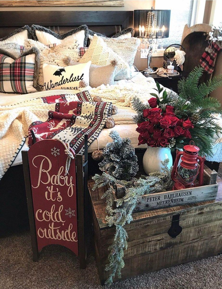 Amazing Farmhouse Style Christmas Bedroom Ideas 34