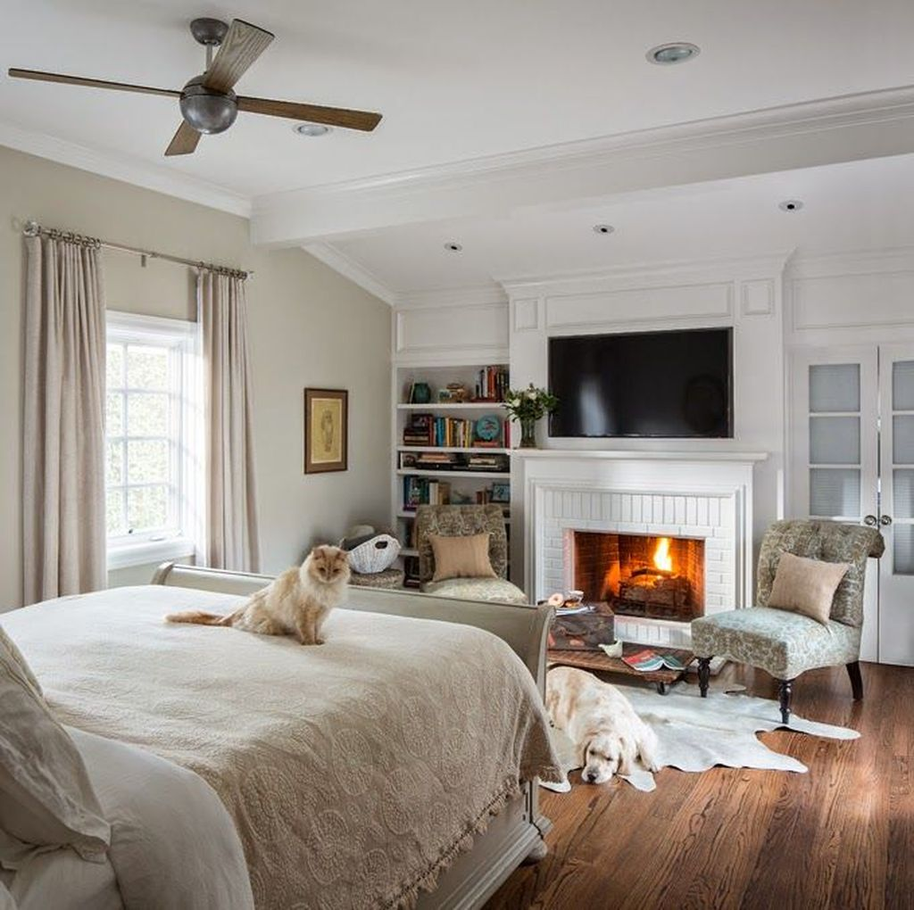 Awesome Bedroom Design With Fireplace Ideas Perfect For This Winter 11