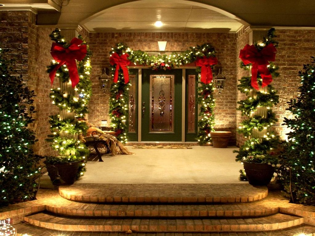 Awesome Christmas Lights Ideas For Exterior Decoration 01
